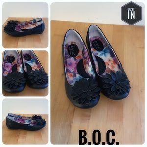 B.O.C. Black Floral Flats Size 9.5